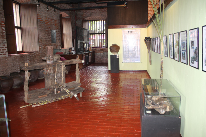 20_exhibit_area