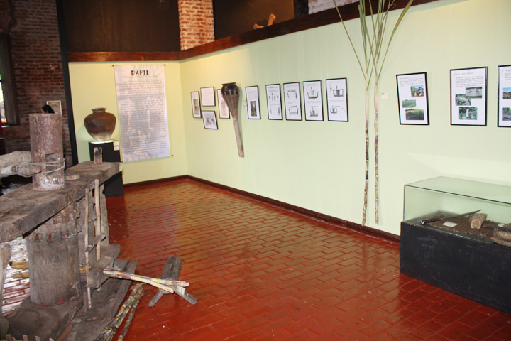 22_exhibit_area